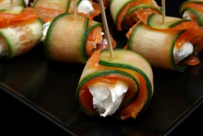 pinchos caseros con calabacin, jamón y rema de queso, entrantes navidad con un sabor intenso, ideas para picoteo