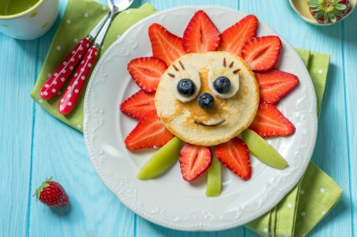 panquque decorado de una manera divertida, meriendas y platos primeros para niños, comidas ricas y faciles de hacer