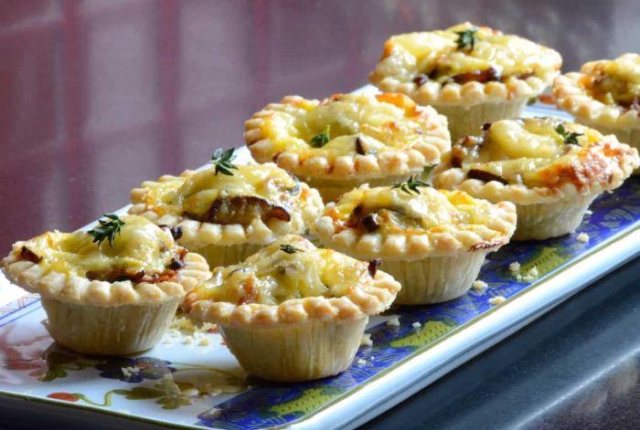 tartaletas con quesos y verduras, las mejores propuestas de recetas de tapas y canapés para picoteo, cenas con amigos