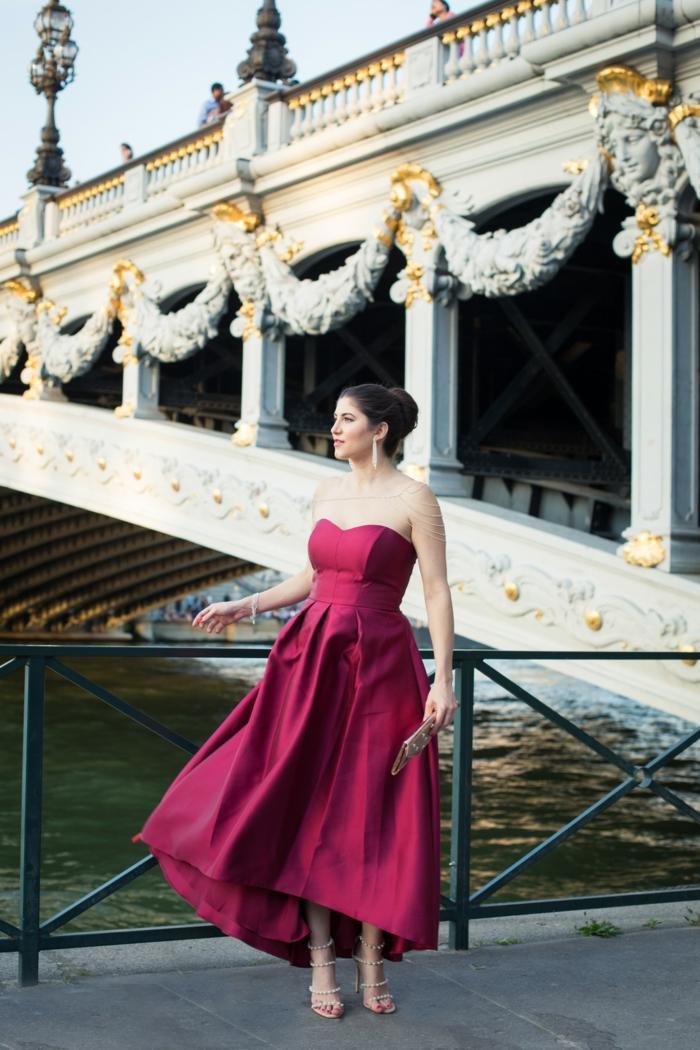 precioso vestido en color rosado, vestido largo sin mangas, escote ilusion, las mejores ideas de vestidos para fiesta fin de año