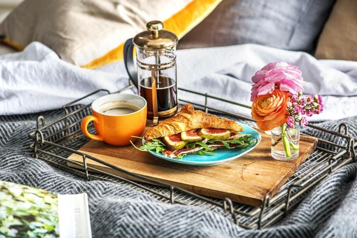 como preparar un desayuno romántico para tu pareja, ideas de comidas exóticas y fáciles de preparar en casa en fotos