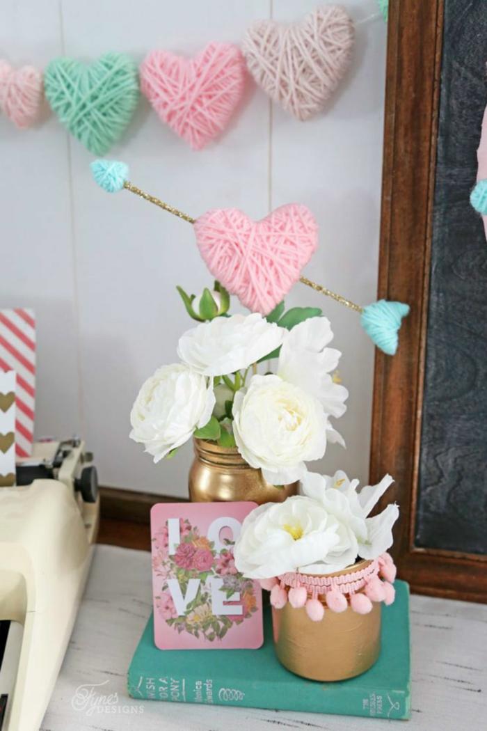 corazon de hilo con una flecha de cúpido, las mejores ideas sobre como decorar el salón, fotos decoracion casera paso a paso
