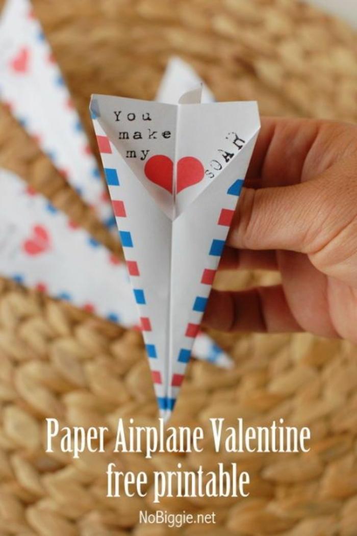 divertidas ideas de manualidades san valentin, manualidades de papel originales, como hacer tarjetas DIY fáciles y rápidas