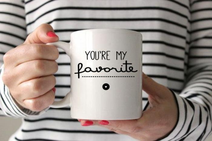regalo san valentin novio, taza personalizada tu eres mi favorito, las mejores ideas de regalos temáticos para san valentin