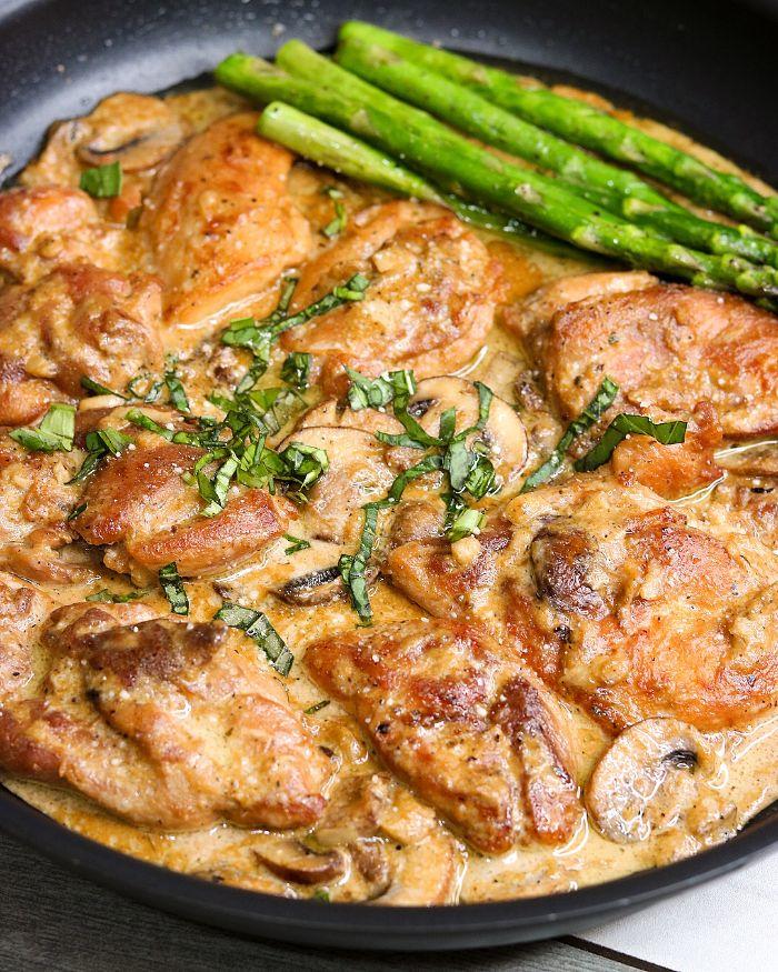cerdo con salsa cremosa y verduras, dieta cetogenica alimentos, fotos de platos y comidas originales y ricos, cerdo cremoso