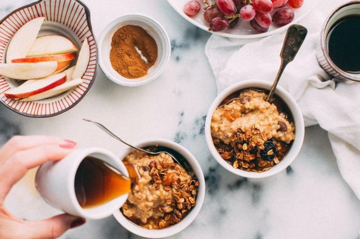 ideas sobre que desayunar para una dieta equilibrada, fotos de comidas sanas y facies de hacer en casa, recetas con avena