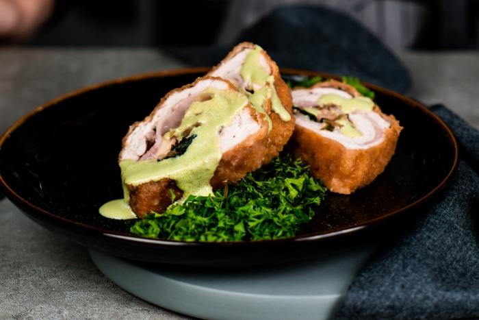 receta de cordon bleu, ideas de cenas saludables con ingredientes cetogenicos, recetas para preparar para una cena romantica