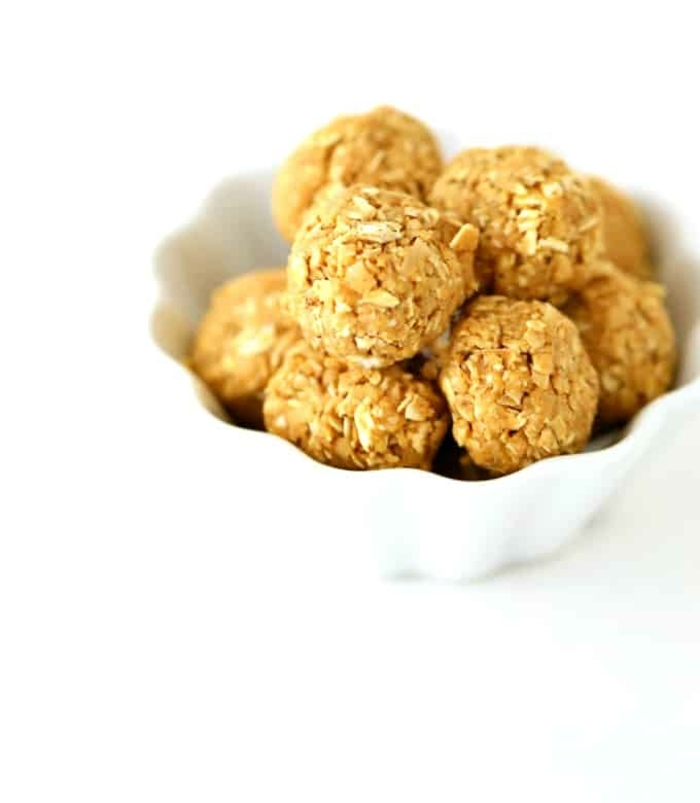 bolas energeticas para una dieta equilibrada, ideas sobre que comer hoy, fotos de comidas para merendar paso a paso