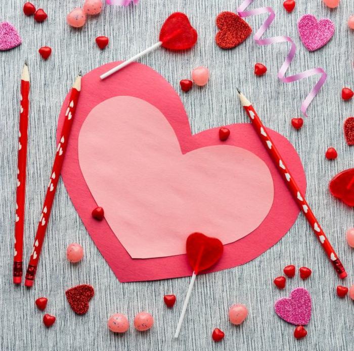 las mejores ideas de regalos originales para novios caseros, fotos con manualidades para regalar a tu novia hechas a mano