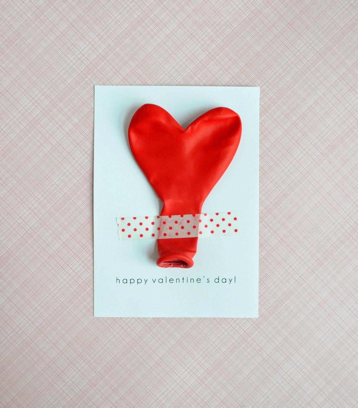 postales de amor fáciles, rápidos y super originales, postal con un globo en forma de corazón, tarjetas san valentín para intercambiar