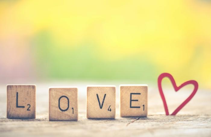 fotos originales con corazones de amor para descargar en tu movil, fantásticas propuestas de imagenes románticas