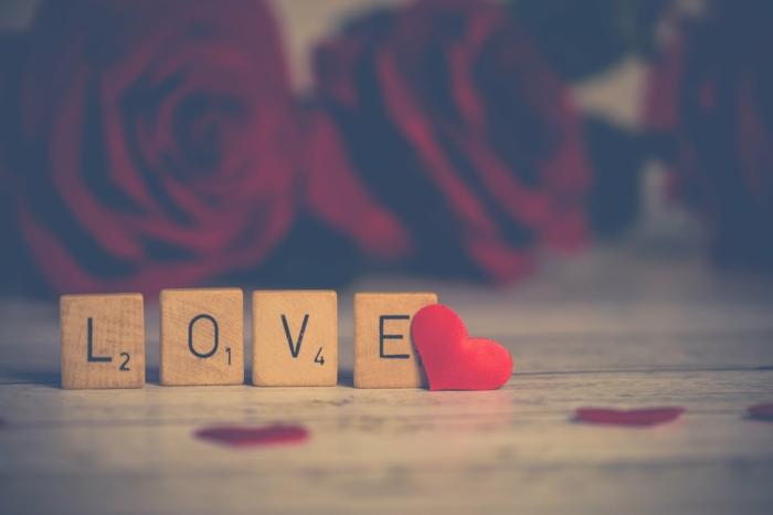 detalles bonitos y corazones de amor, fotos originales para poner como fondo de pantalla, imagenes románticas