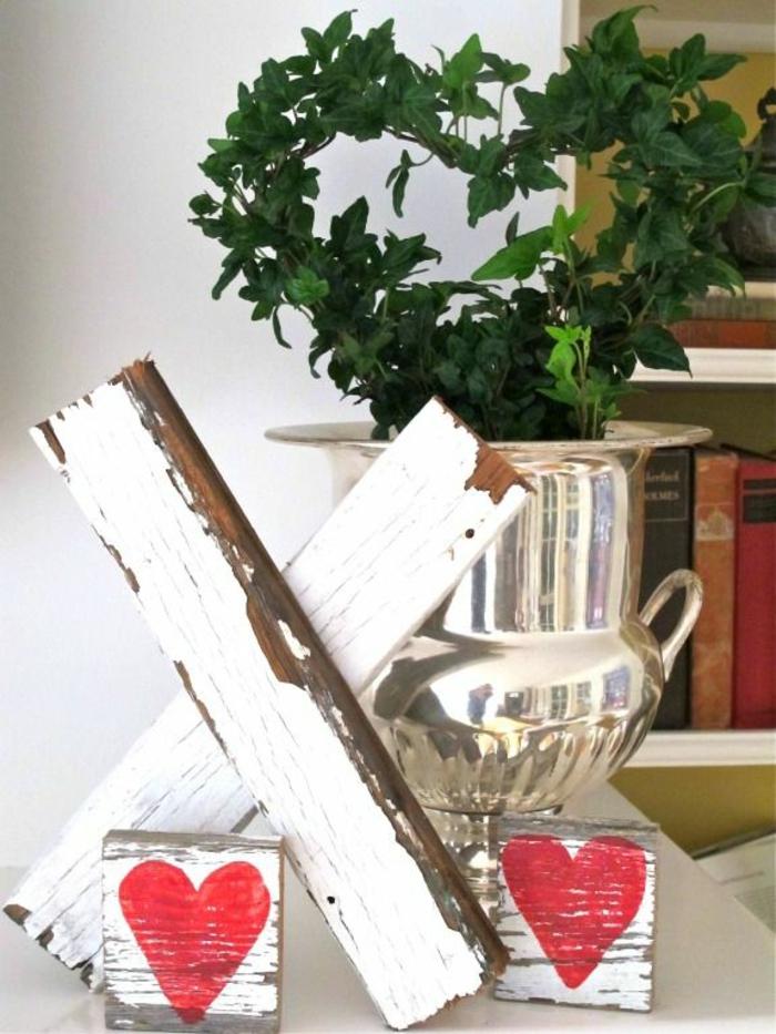 decoracion con globos y otros elementos decorativos para decorar la casa en San Valentín, detalles originales con corazones
