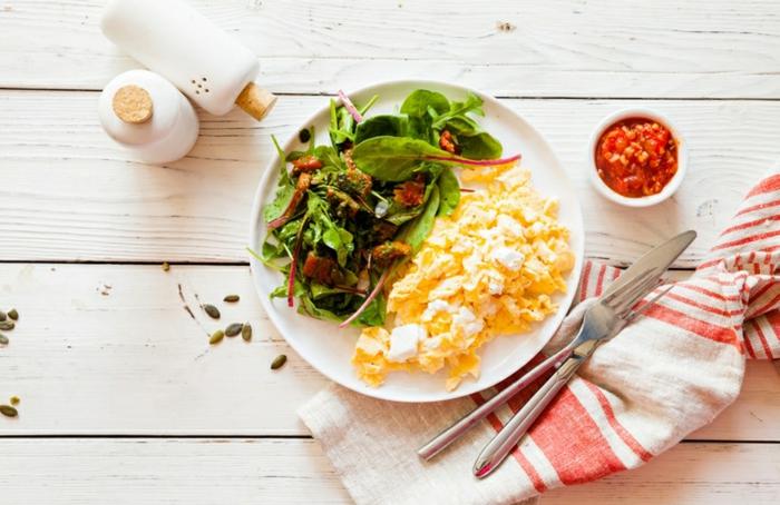 comidas nutritivas para las personas que hacen deporte a diario, meriendas para adelgazar en imagenes, huevos con queso