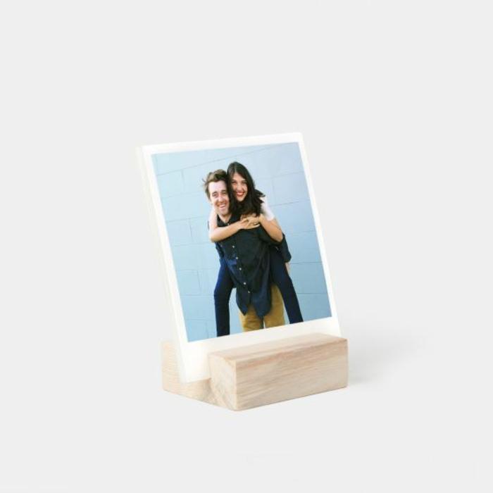 marco especial para poner un fotos romántica y regalar a tu novia, originales ideas de regalos para hombres en san valentin
