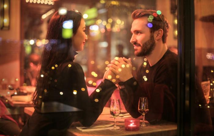 cena romántica para dos, fotos inspiradoras de amor y enamorados, imagenes bonitas sin frases bonitas que puedes descargar