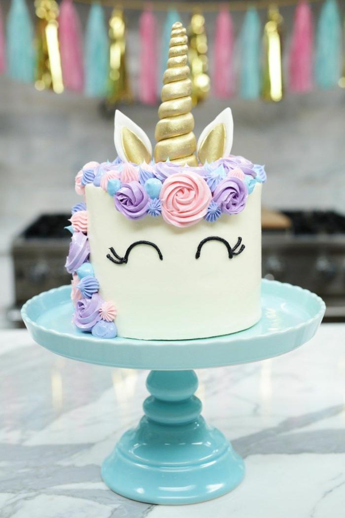 tartas caseras ricas y bonitas, ideas sobre como decorar una tarta unicornio paso a paso, recetas de tartas originales