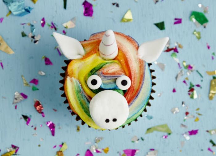 como hacer una tarta de unicornio casera super fácil, alucinantes ideas de tartas y pasteles unicornio, fotos para descargar