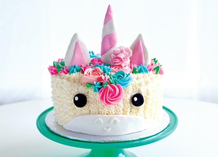 bonitos ejemplos de tartas caseras personalizadas, pastel unicornio y tartas deliciosas, fotos de tartas para cumpleaños