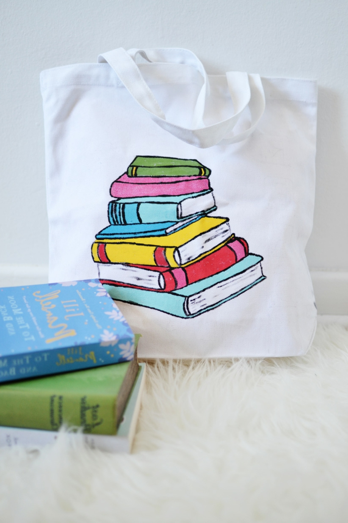 como hacer bolsas de tela con estampado, originales ideas de regalos DIY unicos en imagenes, fotos de manualidades