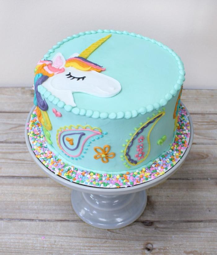 los mejores ejemplos de tartas ricas y fáciles de hacer, como decorar una tarta paso a paso, fotos de tartas originales
