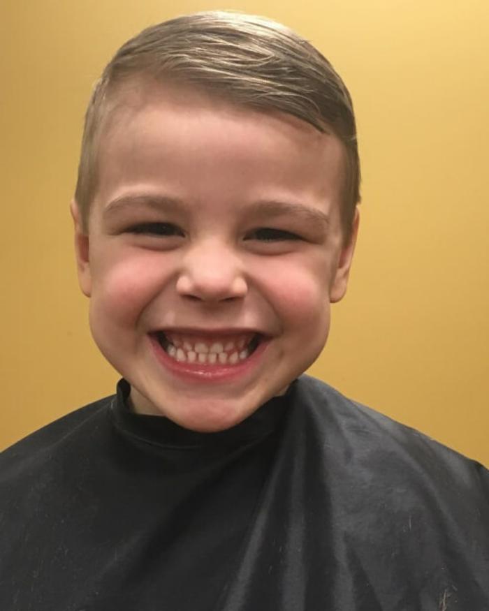 ejemplos de peinados elegantes y sencillos para niños y adolescentes, fotos de cortes de pelo con flequillo modernos