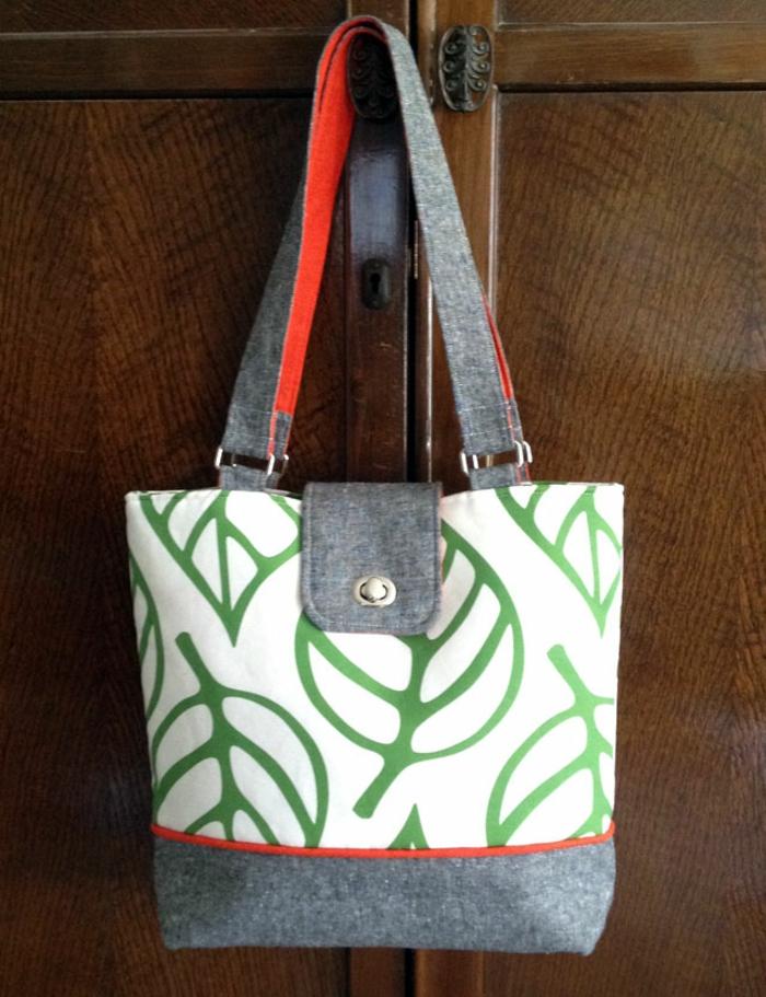fotos de bolsos y bolsas DIY hechos de tela, como hacer un bolso de mano paso a paso, originales ideas de manualidades