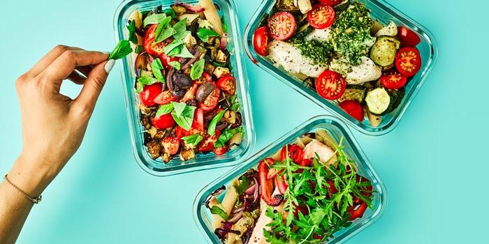 ensaladas ricas con pollo y verduras, comidas que no engordan en fotos, ideas de comidas cetogénicas en imagenes