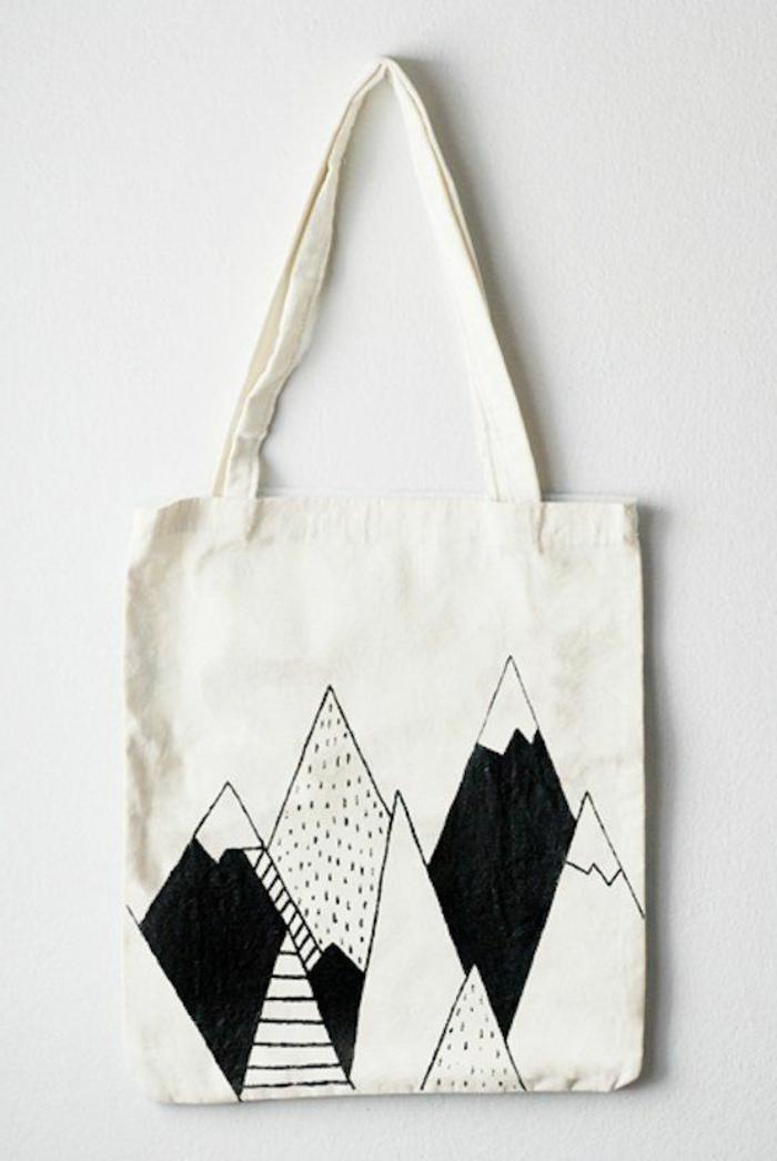 bolso reutilizable con precioso dibujo, como hacer un bolso de mano de una bolsa de tela simple, fotos de manualidades