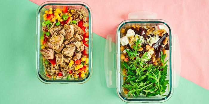 como preparar tu almuerzo en un tupper, comidas sanas y ricas que comer para adelgazar, ensaladas con pollo y atún