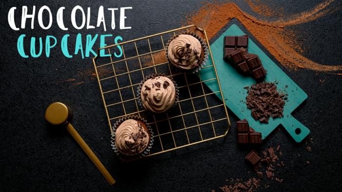 magdalenas de chocolate ricas y faciles de hacer, ideas para hacer cupcakes de chocoalte en casa, fotos con recetas paso a paso