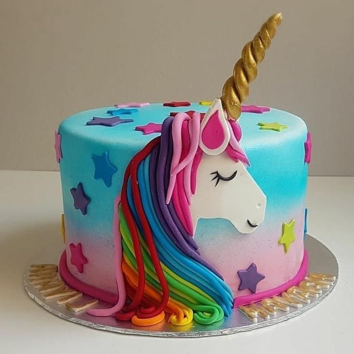 tarta de galletas y chocolate personalizada, las mejores ideas de fotos de tartas para descargar, tartas coloridas y originales