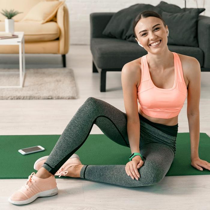 ejercicios para hacer en casa y perder peso, entrenar en casa paso a paso, diferentes rutinas para estar en forma en casa