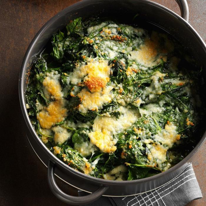 espinacas con huevo, ideas de recetas con espinacas con muchas vitaminas, ideas de platos de priamvera saludables