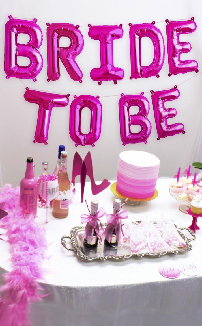 las mejores ideas que hacer en una despedida de soltera, fotos con ideas de detalles decorativos, globos decorativos con letras