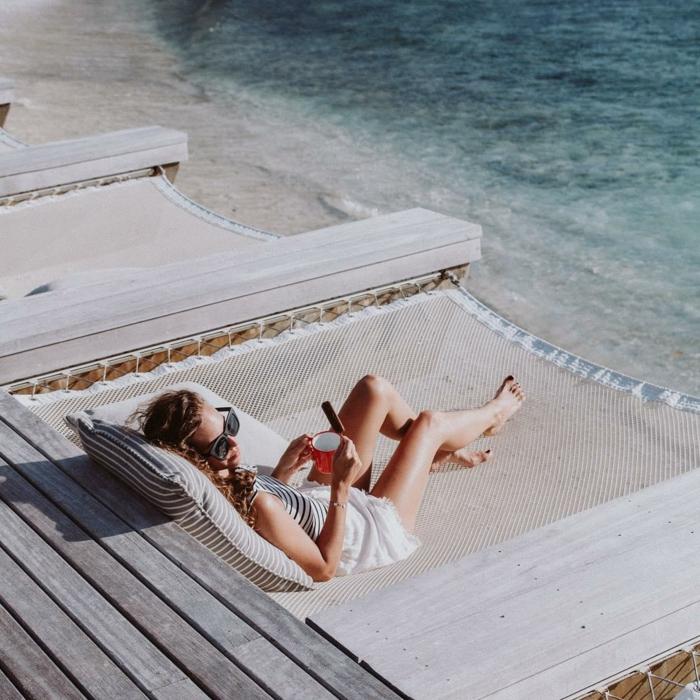 originales ideas de que hacer en una despedida de soltera, fiesta en la playa, ideas de despedidas en verano originales