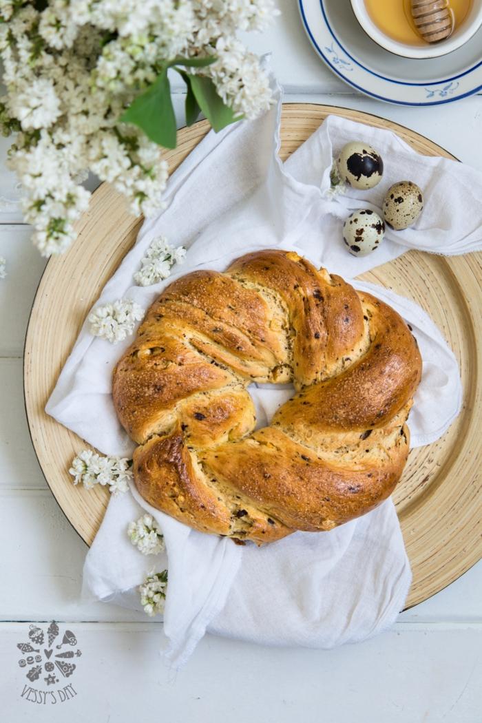 como preparar roscon de pascua, monas de pascua originales y faciles de hacer en bonitas imagenes, fotos de pasteles