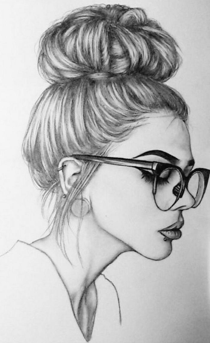 retratos de chicas swag en blanco y negro, mujer con gafas y pelo recogido en grande bollo, dibujos de chicas tumblr