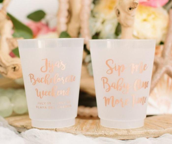 tazas decoradas para una despedida de soltera, las mejores ideas de decoracion para una fiesta con amigas, 100 fotos con ideas