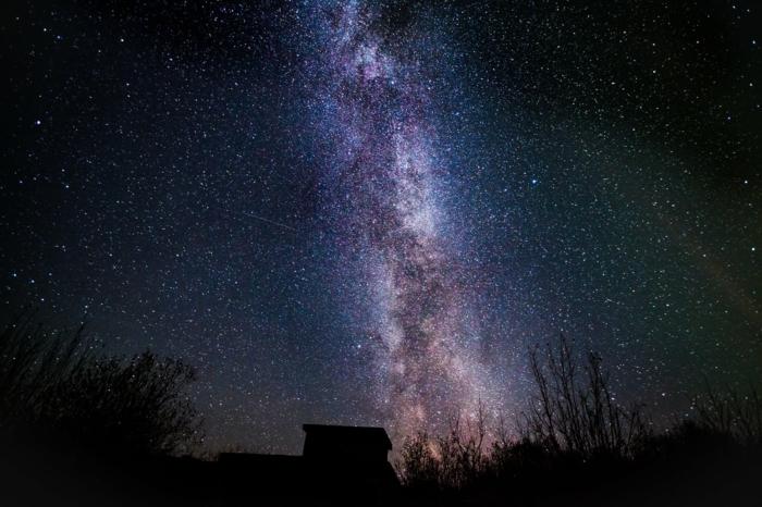 fotografias HD de cielo estrellado, preciosa foto de la ruta lactea, fondos de pantalla con estrellas super chulos para descargar