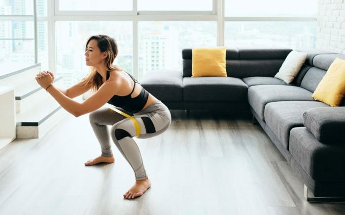 como entrenar en casa, mas de 40 ideas de rutinas de entrenamiento originales para practicar en tu hogar en fotos
