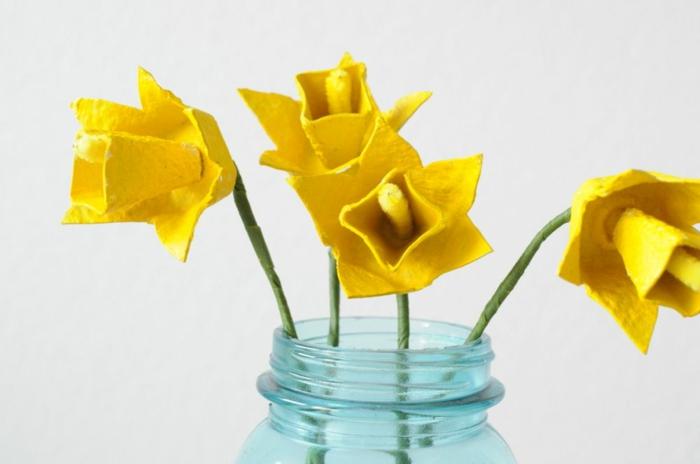 geniales ideas de manualidades con hueveras flores de cartón bonitas para hacer en casa, fotos de detalles DIY