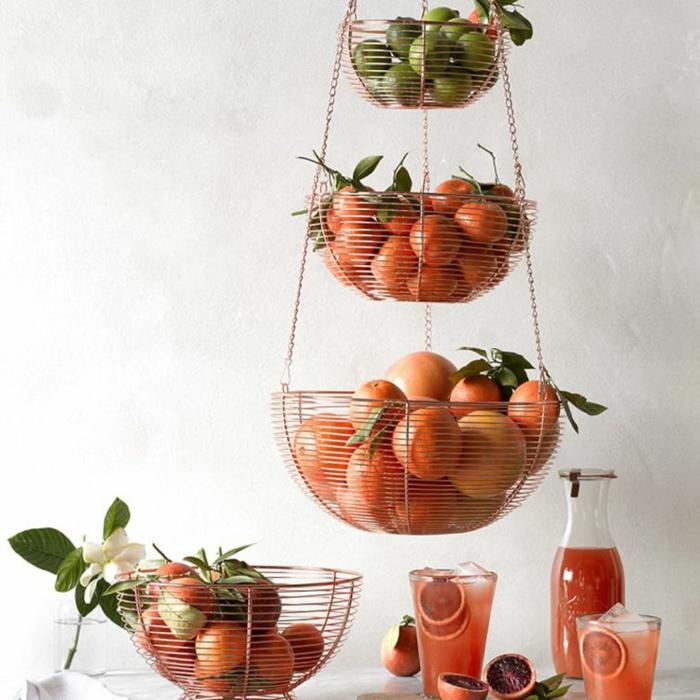 ikea cocinas pequeñas original, colgantes de cocina para guardar los vegetales, ideas para optimizar el espacio en la cocina