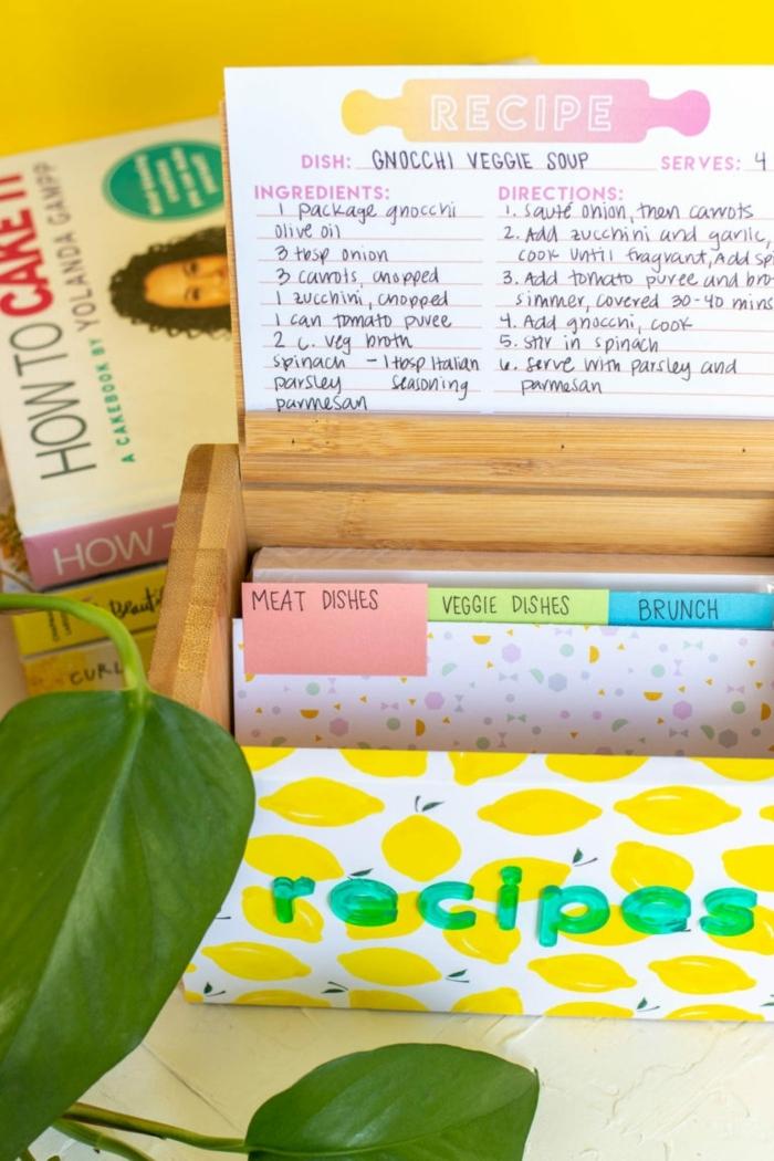 las mejores ideas sobre que regalar a una madre, fotos de regalos DIY especiales, caja de madera con estampado de limones