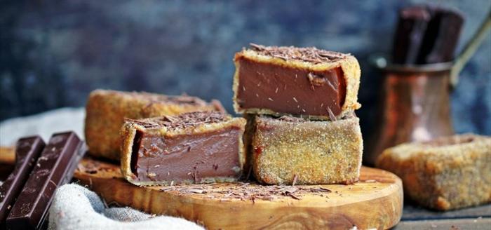 como hacer leche frita con chocolate, postres faciles de hacer y ricos para pascua, postres faciles y rapidos en fotos