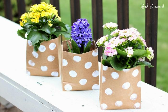 flores de primavera en cajas de papel estampadas, regalos para las madres afficionadas a la jardinerias, ideas en imagenes