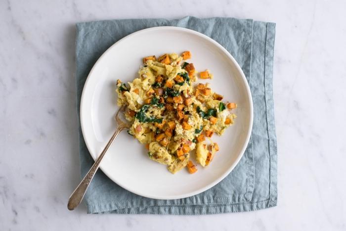 batatas y huevos revueltos, ideas de recetas desayunos fitness y faciles, mas de 90 ideas de recetas saludables y ricas