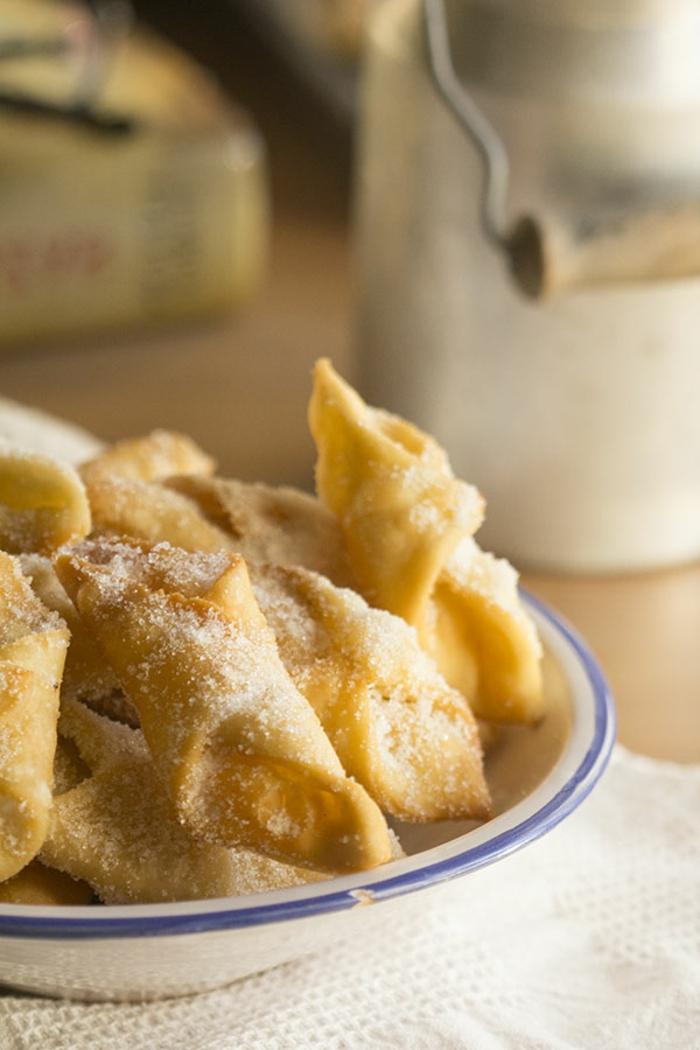 cosas para preparar en pascua, pestiños receta casera tradicional, las mejores recetas de platos y postres para hacer en Semana Santa