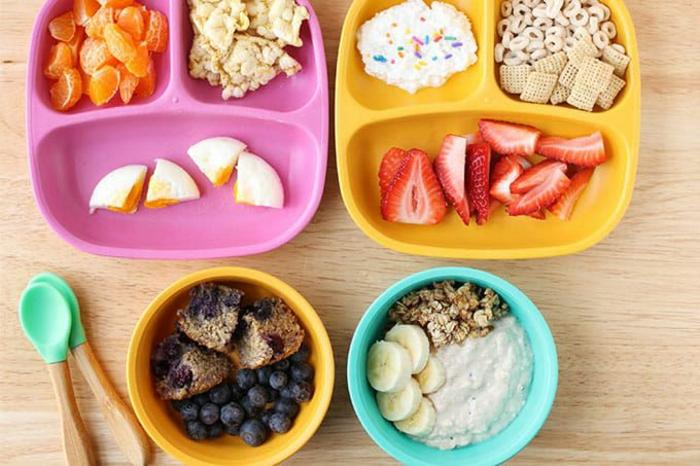 ideas de desayunos originales con frutas, desayunos con huevo, fotos de desayunos con avenas y frutas para preparar