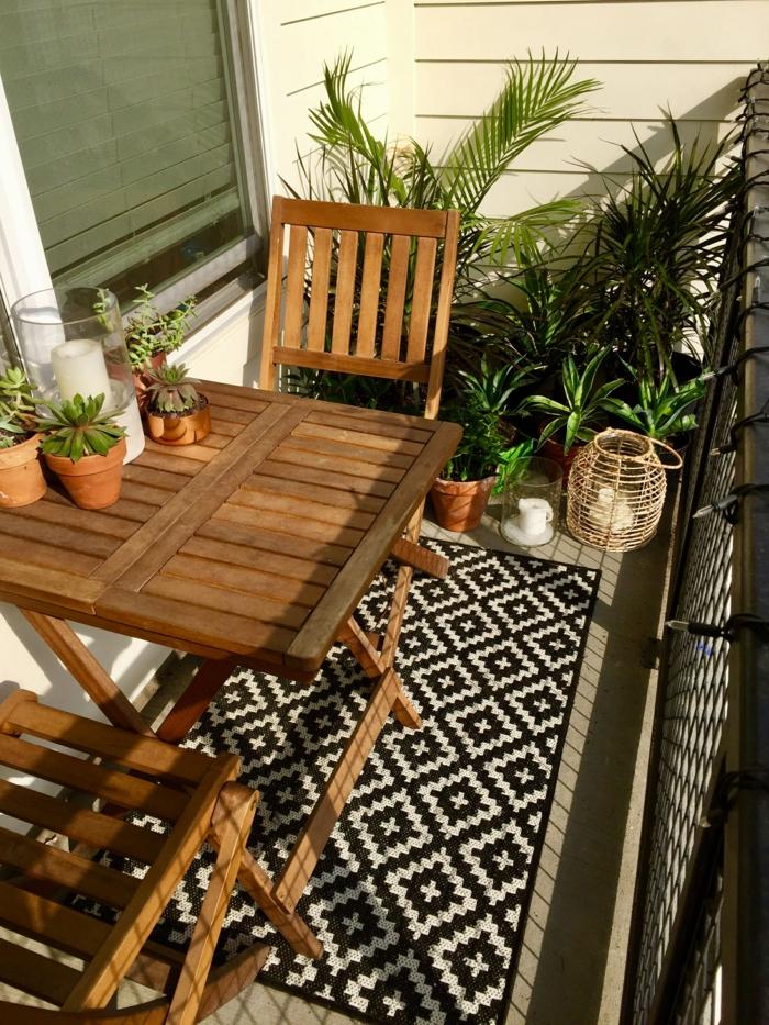 como decorar un patio exterior con poco dinero, terrazas decoradas con muchos estilo, pequeñas terrazas decoradas en blanco y negro